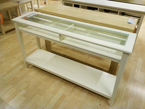 Meja konsol_IKEA