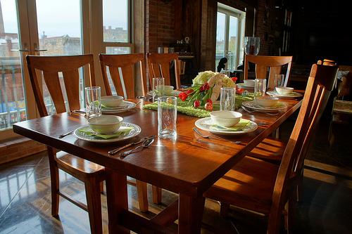 idea hiasan meja makan