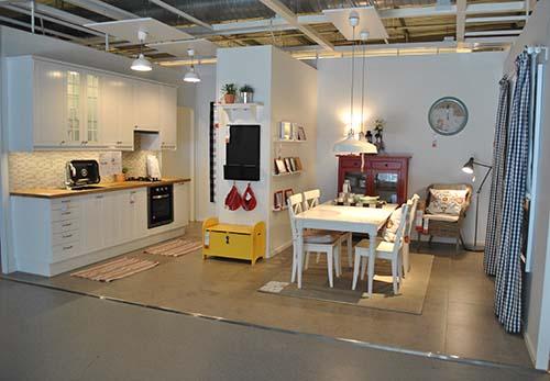 IKEA Kitchen & Dining 01_dapur dan ruang makan_Hazlam Anuar