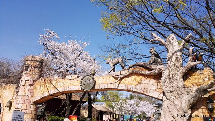 Zoo at Children's Grand Park